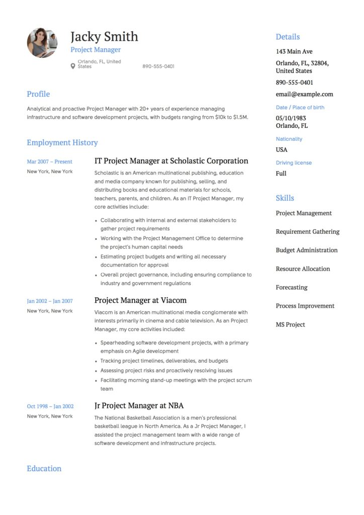 Light Creative Project Manager Example resume